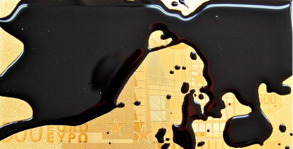 El mapa no es el territorio, 2016. Reproducción de billete de oro de 24 K y resina de poliéster. 30 x 22 cm., Pieza única.