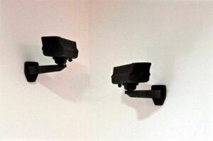 CCTV,2015. Escultura de mármol negro. 35x20x15cm.Ediciónde3+1P.A.